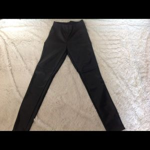 Divided Women Black Leggings
